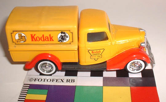 toy_car_kodak_solido